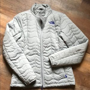 Women's Grey Northface Jacket